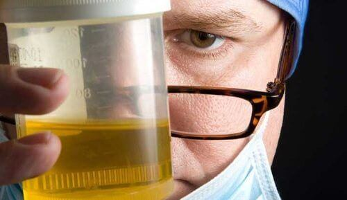 Nieprzyjemny zapach moczu i jego przyczyny
