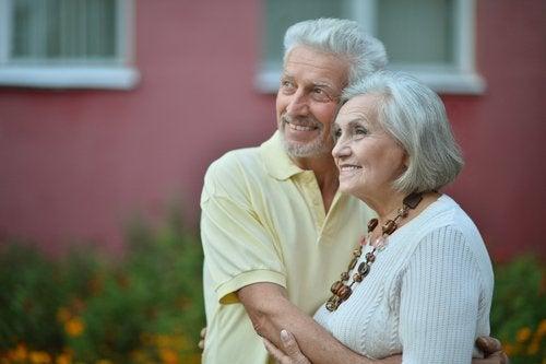 Starzejemy sie razem, para dziadkow