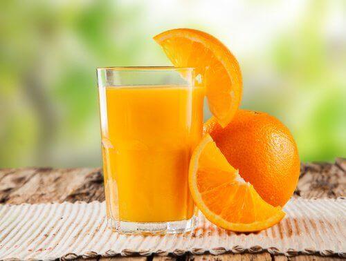 Koktajl pomarańczowy na detoksykacje jelit