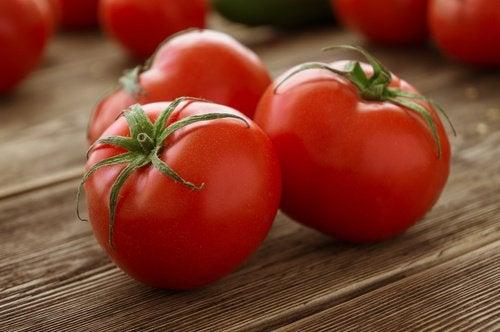 Pomidory sposobem na nagniotki
