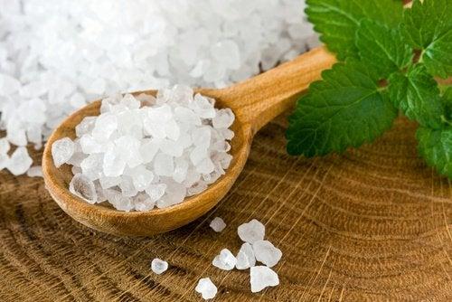 Sól na na swędzenie pochwy