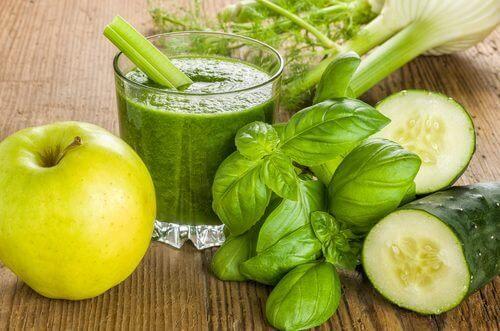 sok z zielonych warzyw - zdrowe zielone koktajle