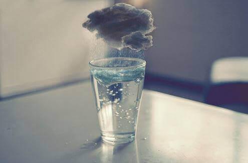 Burza w szklance wody