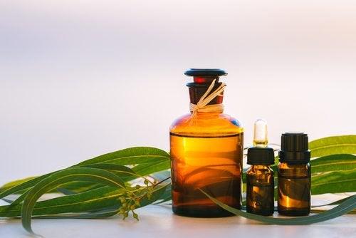 Nawilżające olejki do pielęgnacji twarzy