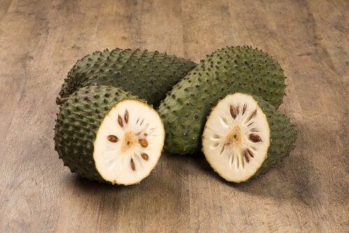 Gravola owoc
