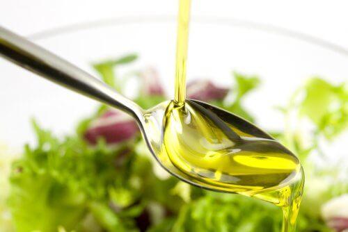 Oliwa z oliwek na piękną cerę