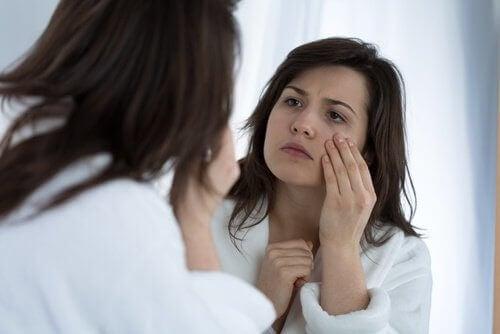 Tiki oczu i 7 ich możliwych przyczyn