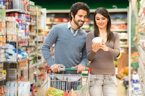 Wspólne zakupy pozwolą Ci spalić 100 kalorii