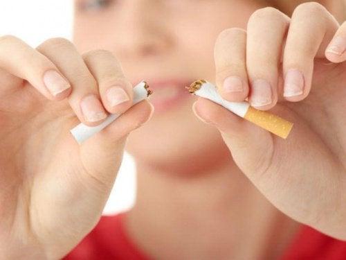 Rzucenie palenia – 15 psychologicznych trików