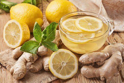 Woda z cytryną i imbirem