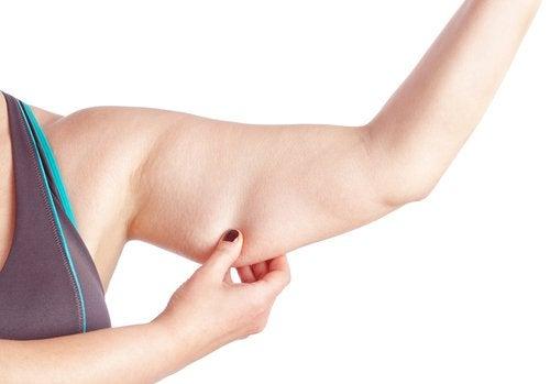 Odchudzić ramiona – ćwiczenia, które Ci w tym pomogą