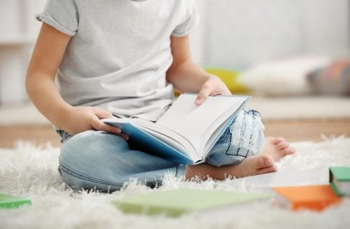 Dziecko z książką a dysleksja