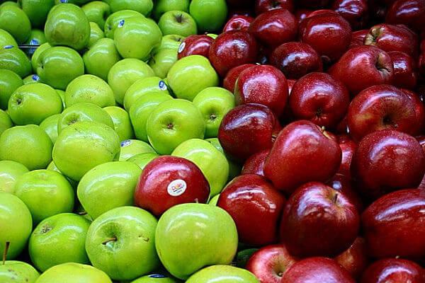 Jabłka zielone i czerwone