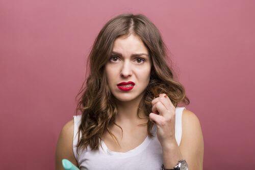 Suche włosy – poznaj trzy naturalne remedia!