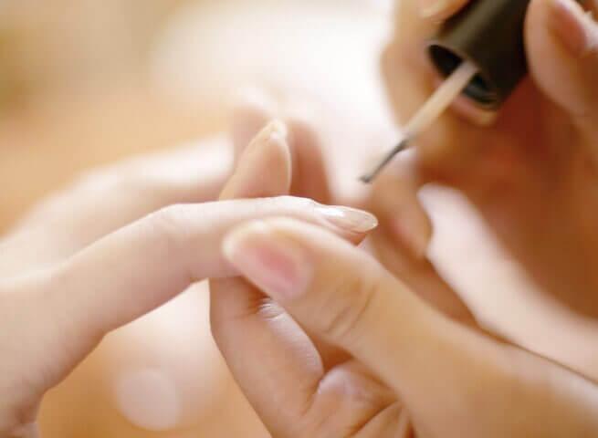 Malowanie paznokci aObłączek