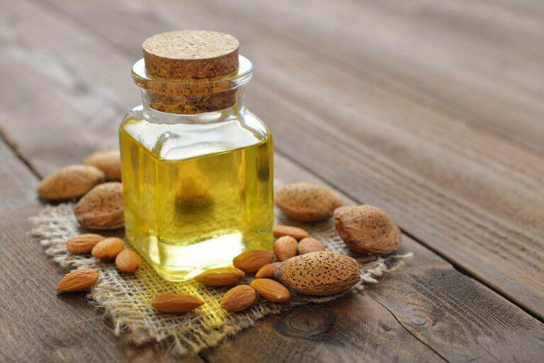 buteleczka olejku orzechy zdrowa cera