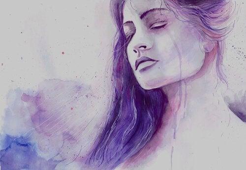 Płacząca kobieta we fiolecie a oddalić się