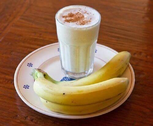 Smoothie bananowe na bezsenność