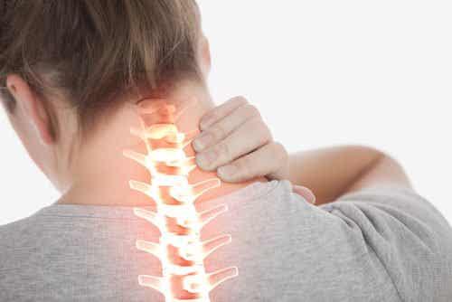 Ból szyi - oto 4 ćwiczenia na jego złagodzenie