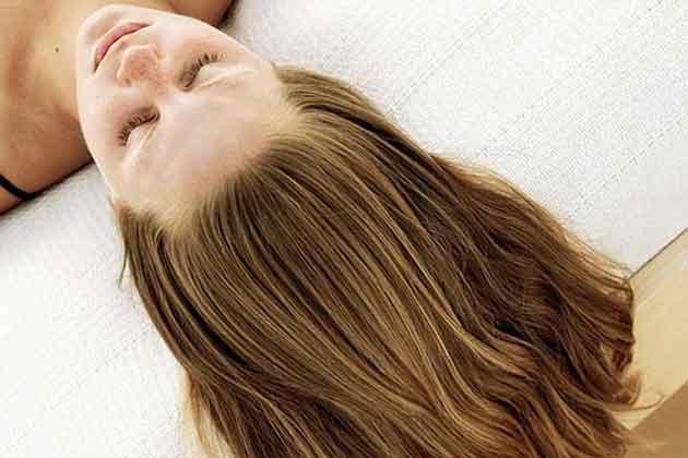 Długie włosy. Piekne wlosy a quinoa w diecie