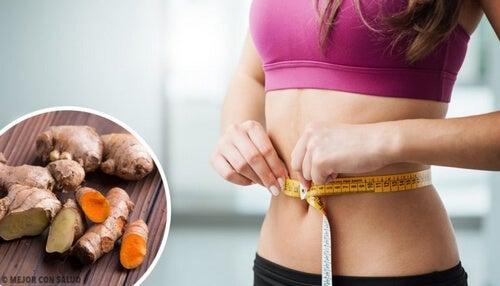 Jak przyśpieszyć metabolizm i schudnąć - napój z imbiru i kurkumy