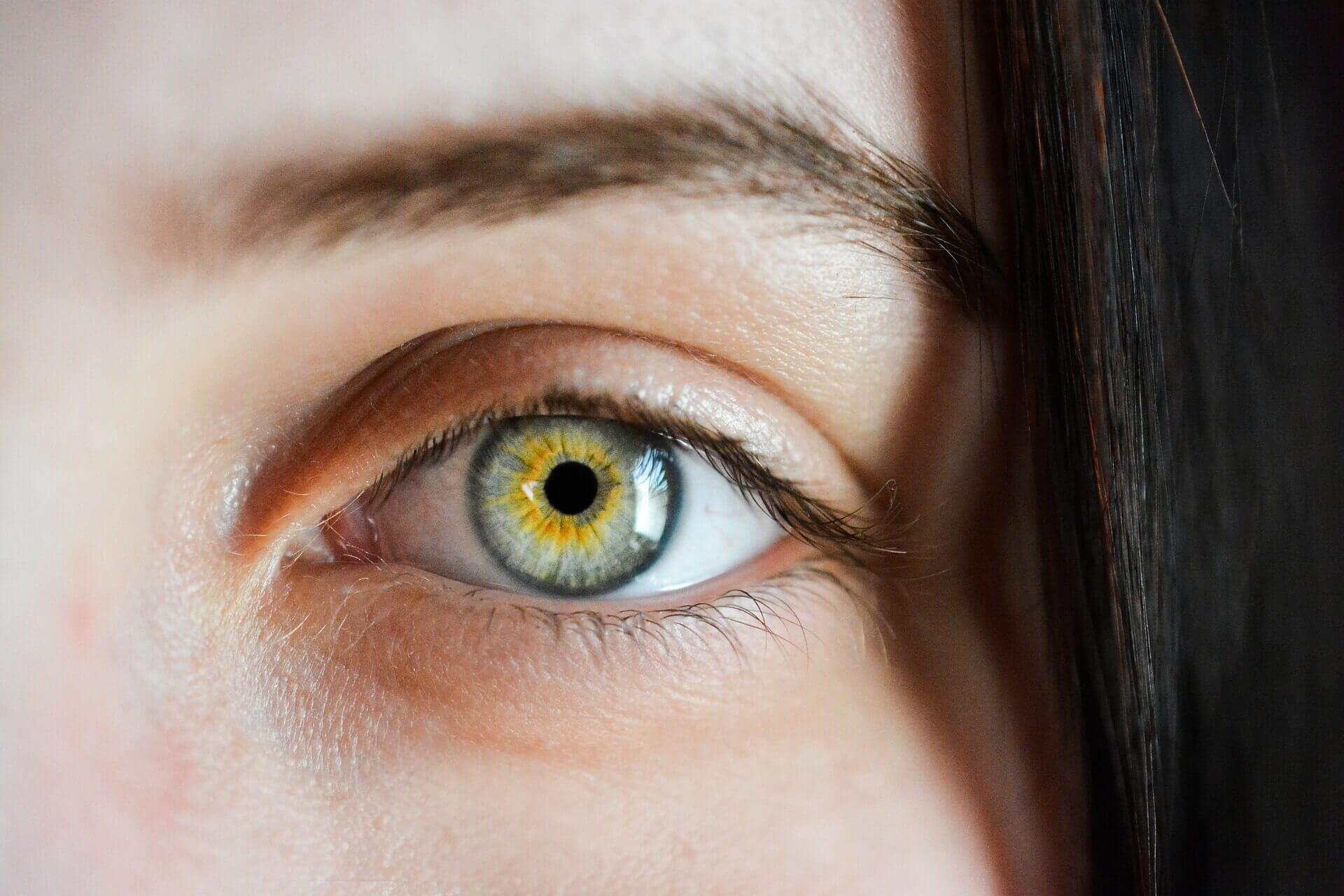 Oko kobiety a bakłażan w diecie
