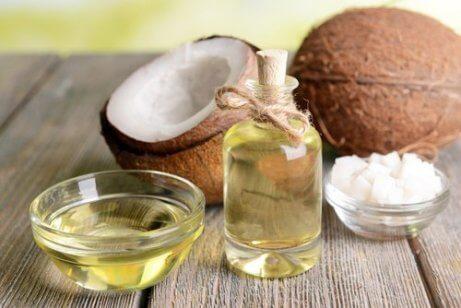 Olej kokosowy produkt przeciwzapalny