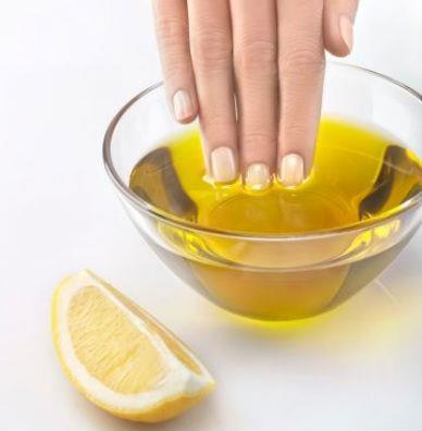 Oliwa z oliwek na Piękne dłonie