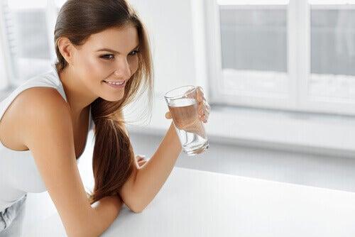 nawadnianie na zatrzymywanie wody w organizmie