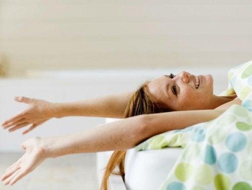 rozciąganie ćwiczenia na dobry poziom energii