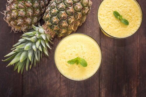 smoothie z ananasa a migrena