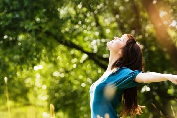 Kobieta w słońcu, Dojrzałość emocjonalna