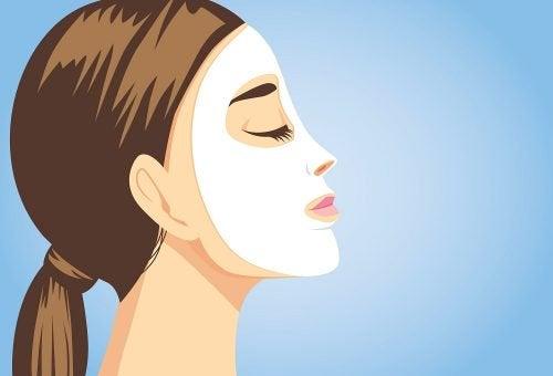 Naturalne zabiegi pielęgnacyjne, które natychmiast ujędrnią Twoją skórę