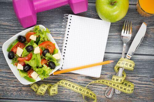 Nadwaga - centymetr i sałatka