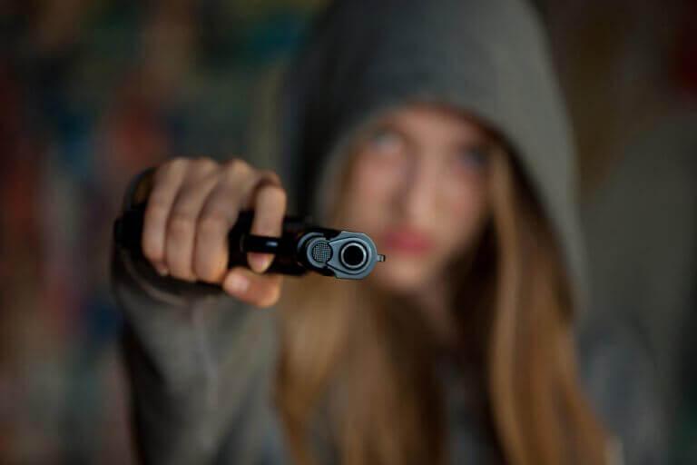 Dziewczyna z pistoletem, a psychopatia u dziecka