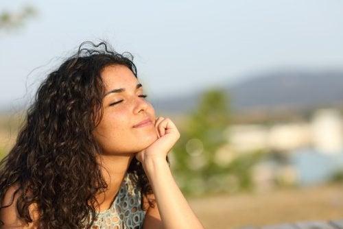 Kobieta - relaks i słońce