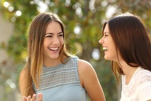 Dwie zadowolone kobiety