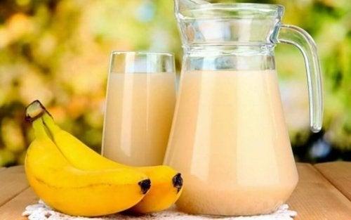 banany i koktajl