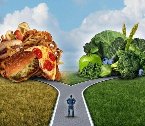 kontrolowanie cholesterolu zależy od diety droga do fastfoodu i droga do warzyw