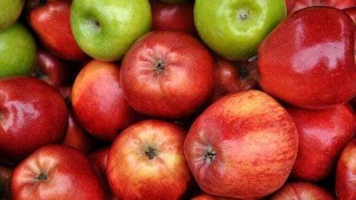 jabłka na zdrowy deser