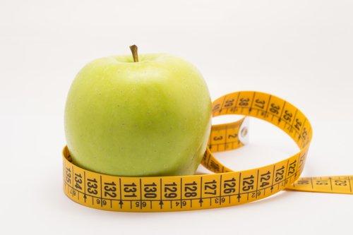 Zielone jabłko i miara