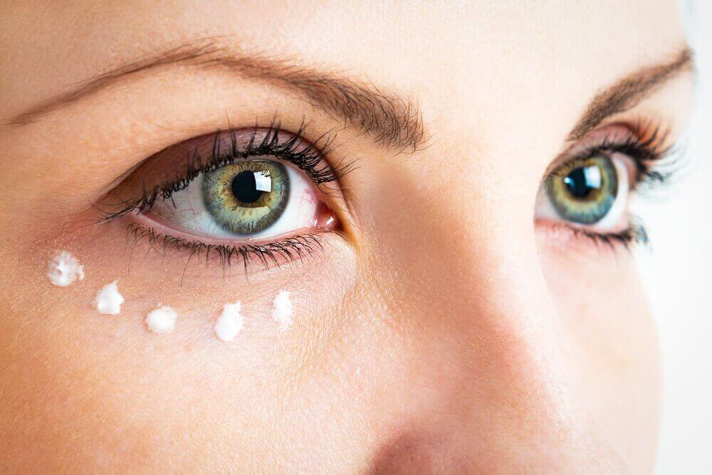 pielęgnacja oczu i witamina E