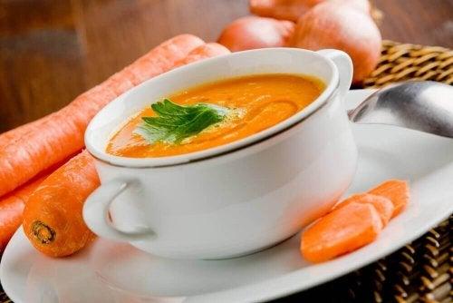 Krem z marchwi zupa oczyszczająca