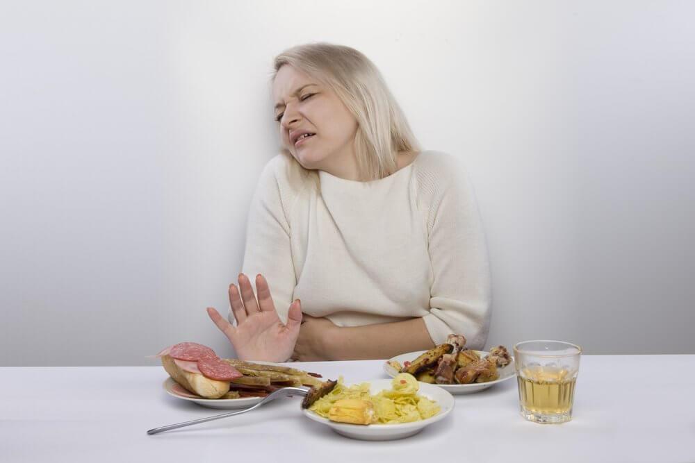 Niechęć do jedzenia z powodu gazów jelitowych