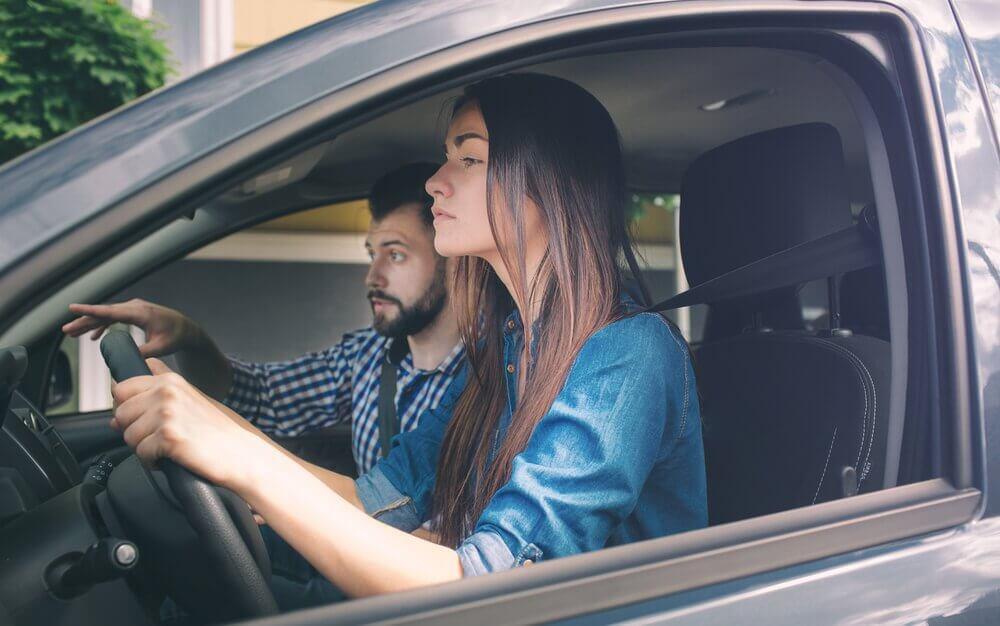 Para w samochodzie a amaksafobia
