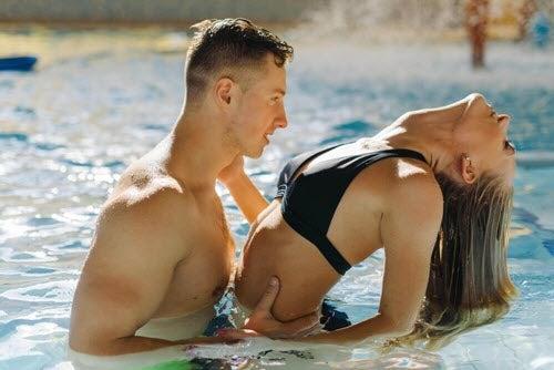 Seks w wodzie: kilka przydatnych porad