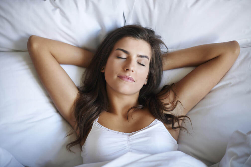 Śpiąca kobieta relaks lampa solna