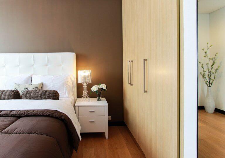 Czysta sypialnia Dom lśniący czystością
