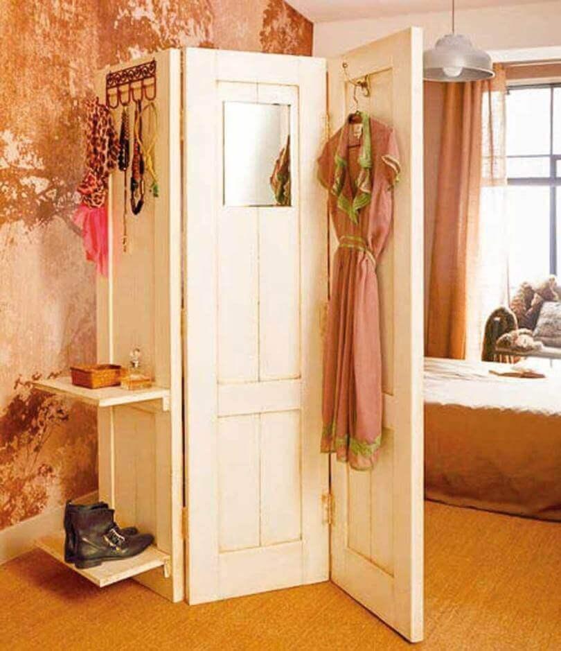 parawany ze starych drzwi