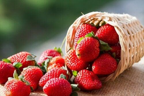 Świeże truskawki owoce